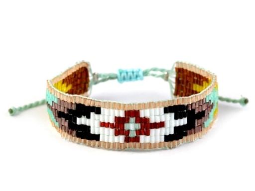 Indiánský náramek z rokajlu ... 044d2c3e671